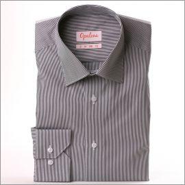 Chemise à fines rayures noires et blanches