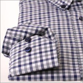 Chemise à carreaux bleu marine, gris et blancs et col boutonné