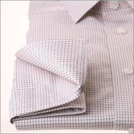 Chemise blanche à fins carreaux marrons et poignets mousquetaires