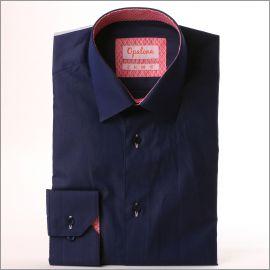 Chemise bleu marine à col et poignets à motifs roses