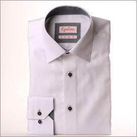 Chemise blanche à col et poignets à motifs zig zag gris