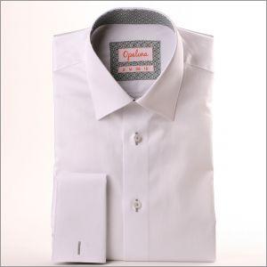 Chemise blanche à col et poignets gris à motifs losanges