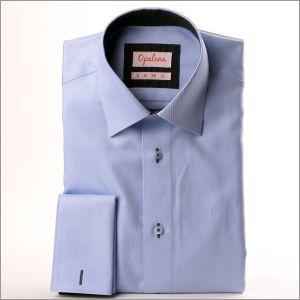Chemise bleue à col et poignets à motifs gris