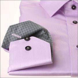 Chemise parme à col et poignets gris à carreaux