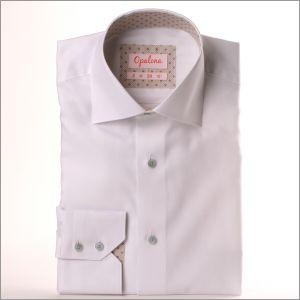 Chemise blanche à col et poignets gris à pois gris