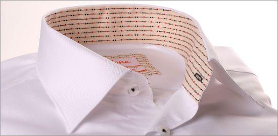 Chemise blanche à col et poignets beige à motifs tirets